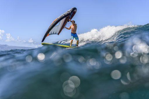 wingsurf dans les vagues