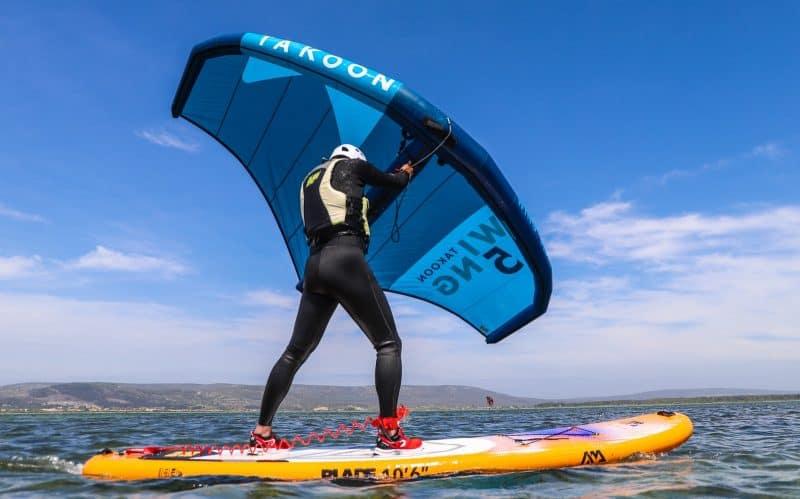 Session de Wing Surf avec le Tiki Center